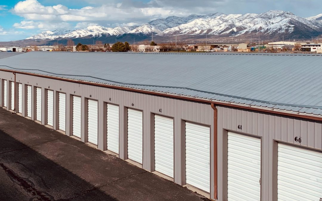 Storage Trailers vs Storage Facilities: Top 5 Benefits of Buying a Trailer Instead of a Storage Facility